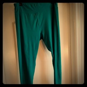 Lularoe buttery soft TC solid teal leggings